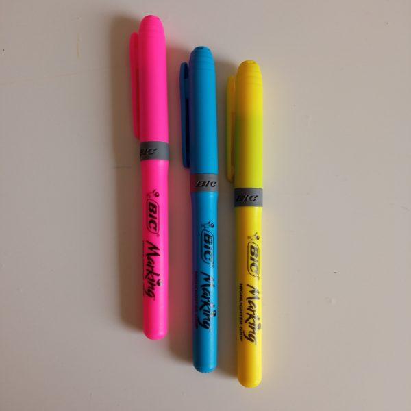 Marcador Bic highlighter colores pack 3 unidades. rosa amarillo azul