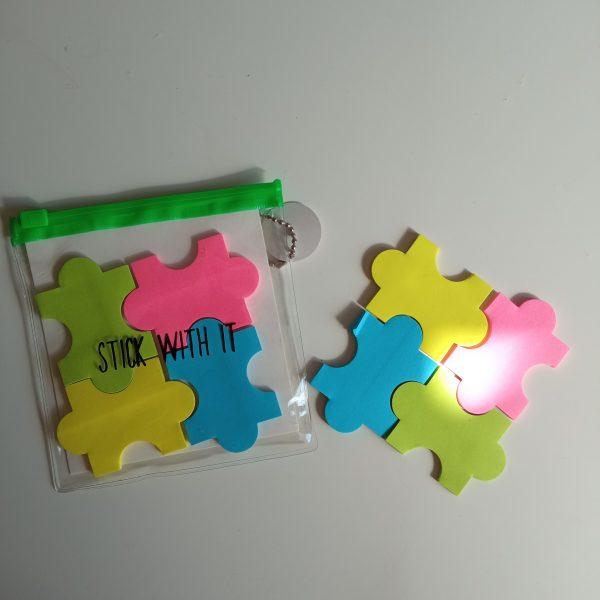 Notas adhesivas puzzle