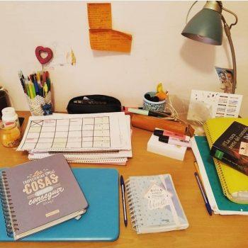 Mesa de estudio oposición